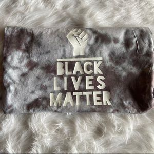 Black Lives Matter Fist Black and White 2X